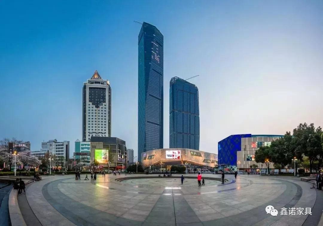 鑫诺实例|安步云端俯瞰镇江苏宁凯悦旅店