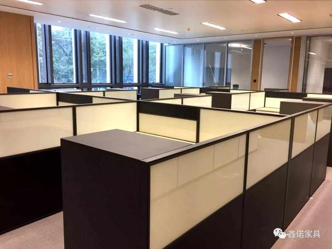 鑫诺实例|高雅持重的办公空间:国银租赁